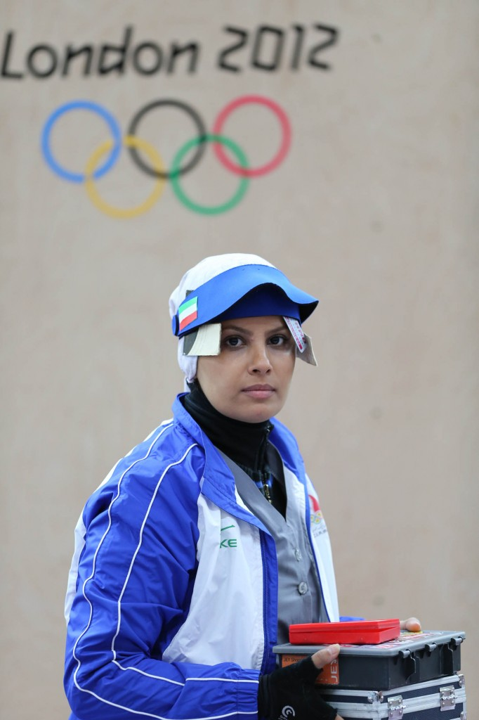 shia muslims veil and sports and sciences-veil and sports-sports and veil-veiled women and sports-iranian women-women in iran