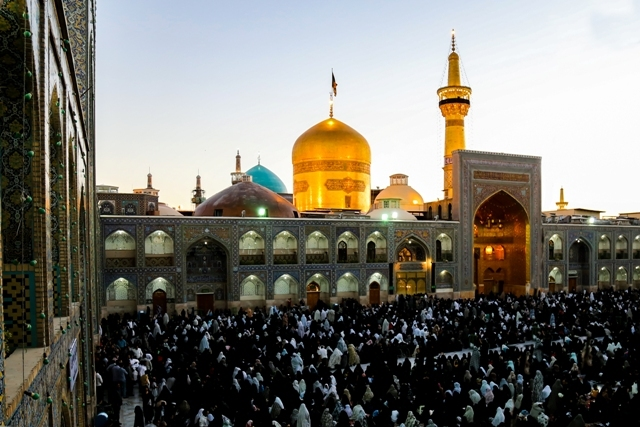 Canadian youth converts to Shia Islam in Imam Reza's Holy Shrine