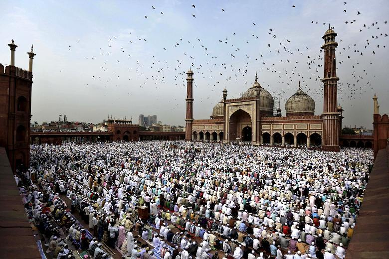 Muslims celebrate Eid al-Fitr in several countries